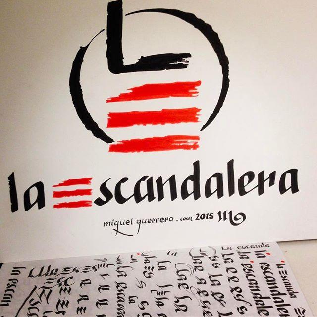 En ocasiones una #caligrafia #hechaamano se convierte en una #imagencorporativa . Gracias a la #eterna #confianza de Abraham @cadornigaordonez en mi #trabajo seguimos #reestilizando el, ya #mitico #club, La Escandalera en #ponferrada .Sometimes a #handdrawn #calligraphy #lettering becomes #corporativebrand #restyling . @sakura_europe #pigmamicron on a @cansonpaper @pilotpenusa #pilotparallelpen