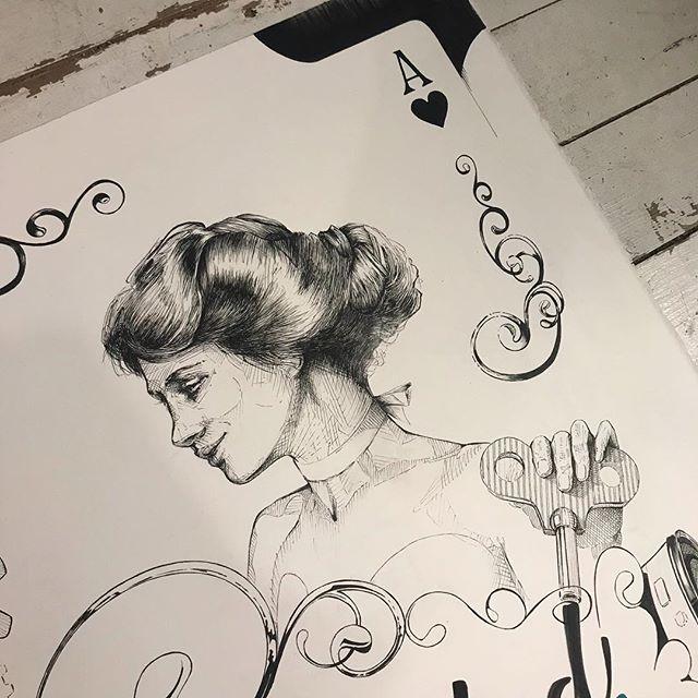 #lasoledad, un pequeño homenaje en el pelo a la #gibsongirl del maestro #charlesdanagibson . Hace una semanita... Cartel #camponaraya , comenzando #ilustración a #tinta @sakura_europe sobre #moulinduroy @cansonpaper 100% algodón..Starting an #ink #illustration . #sakurapigma #markers on #canson #paper .